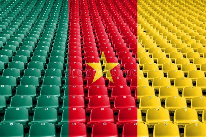 Asientos del estadio de la bandera del Camerún Concepto de la competencia de deportes fotos de archivo libres de regalías