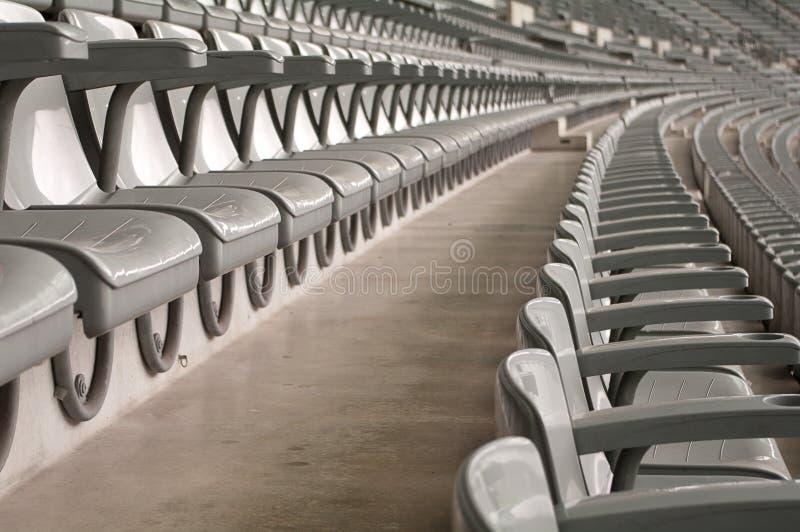 Asientos en una arena deportiva fotos de archivo libres de regalías