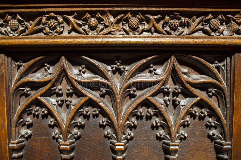 Asientos tallados de madera en Chester Cathedral fotografía de archivo