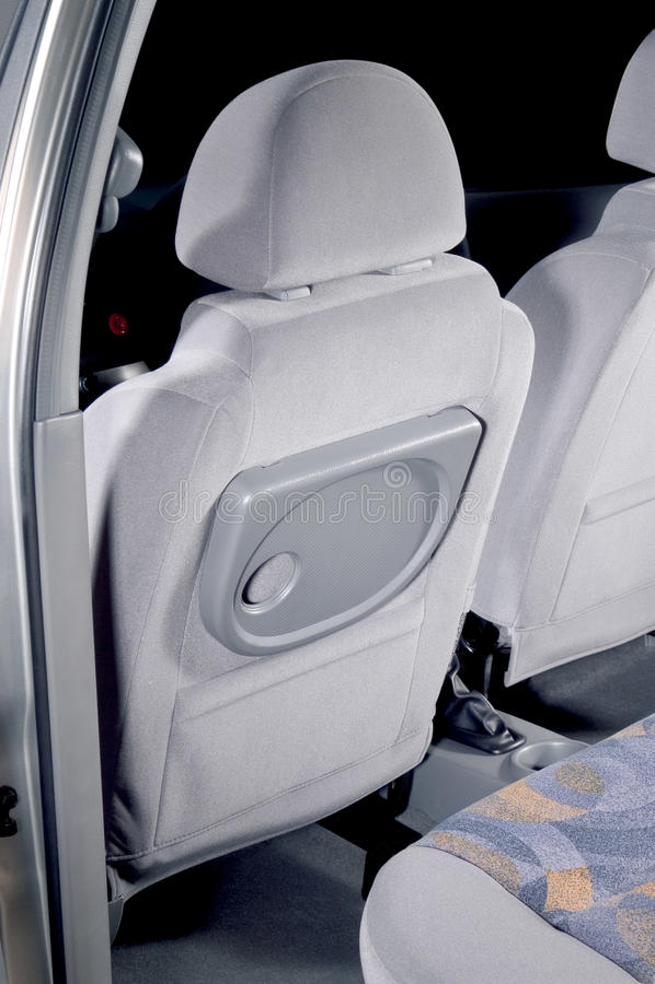 Asientos traseros del coche interiores fotografía de archivo libre de regalías
