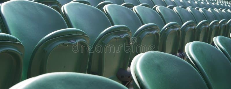 Asientos verdes de Wimbledon foto de archivo