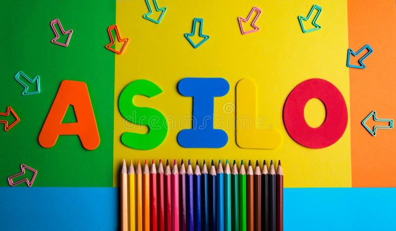 Asilo-Kindergartenbleistiftfarbpfeilhintergrund lizenzfreies stockbild
