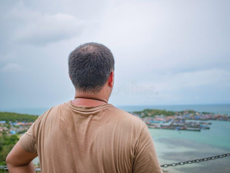 Asisn podróżnika Gruby stojak na górze Khao Ma Jor mola obraz stock