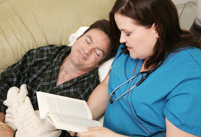 Asistencias sanitarias a domicilio - dormidas foto de archivo libre de regalías