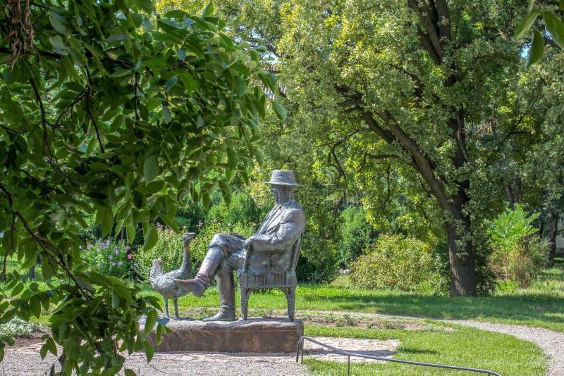Askania-Nova, region Cherson, Ukraina - pomnik Friedrich Falz-Fein, założyciel znanego rezerwatu biosfery Askania fotografia stock