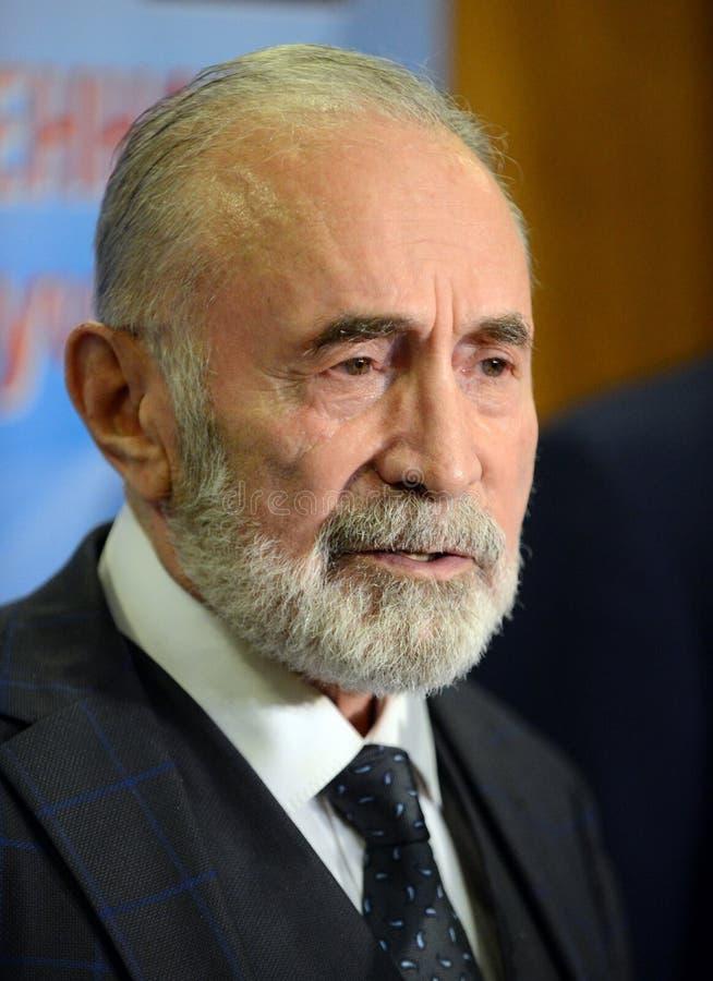 Aslambek Aslakhanov - русский политик, член совета федерации Заместитель председателя комитета Совета Федерации дальше стоковые изображения rf