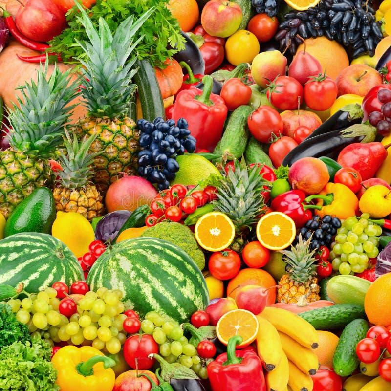 Asortowani świezi dojrzali owoc i warzywo Karmowy pojęcia backgrou obrazy royalty free