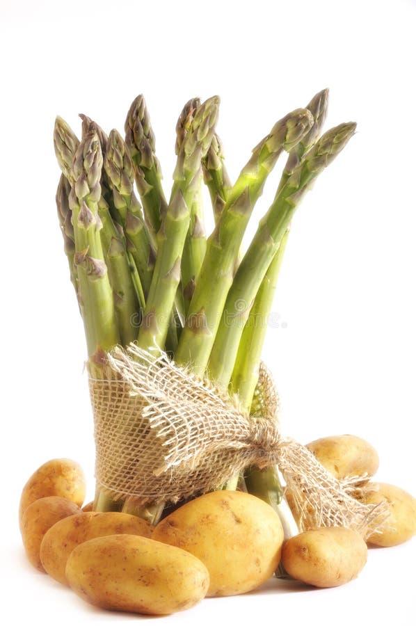 Asparago e patate immagine stock