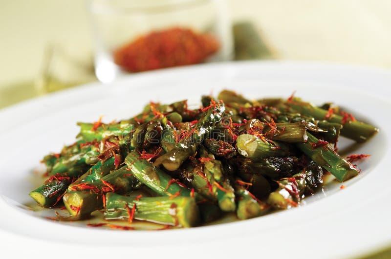 Asparagus salad with saffron