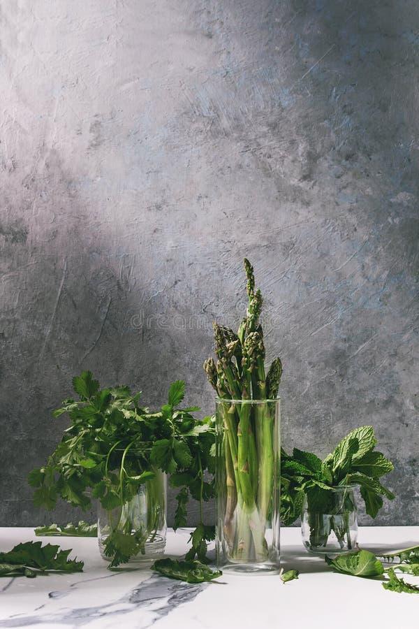 Asparagusa ang zielenie fotografia stock