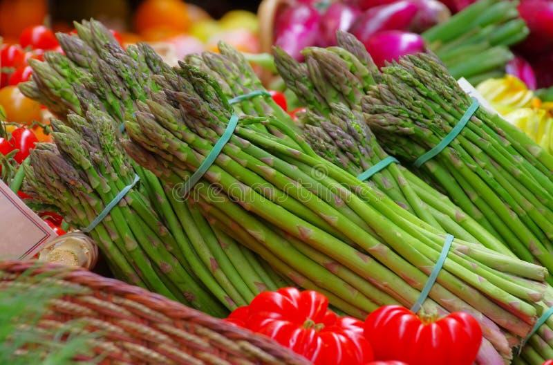 Aspargo no mercado fotografia de stock royalty free