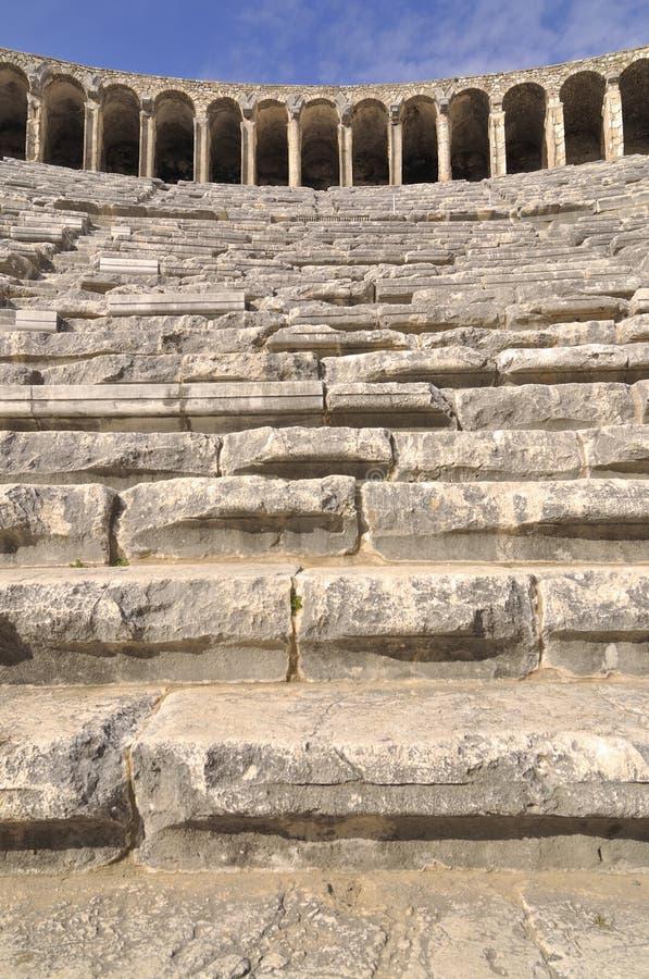 Download Aspendos wśrodku theatre obraz stock. Obraz złożonej z sławny - 13325871