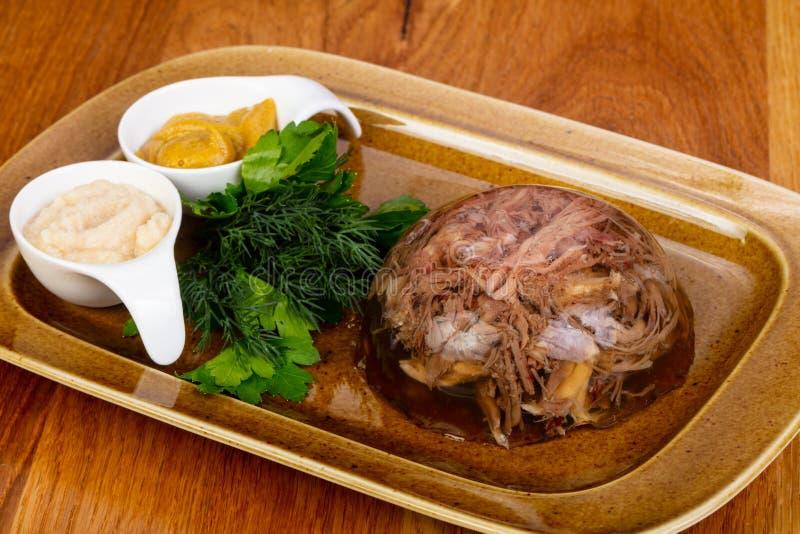 Aspic met rundvlees stock afbeelding