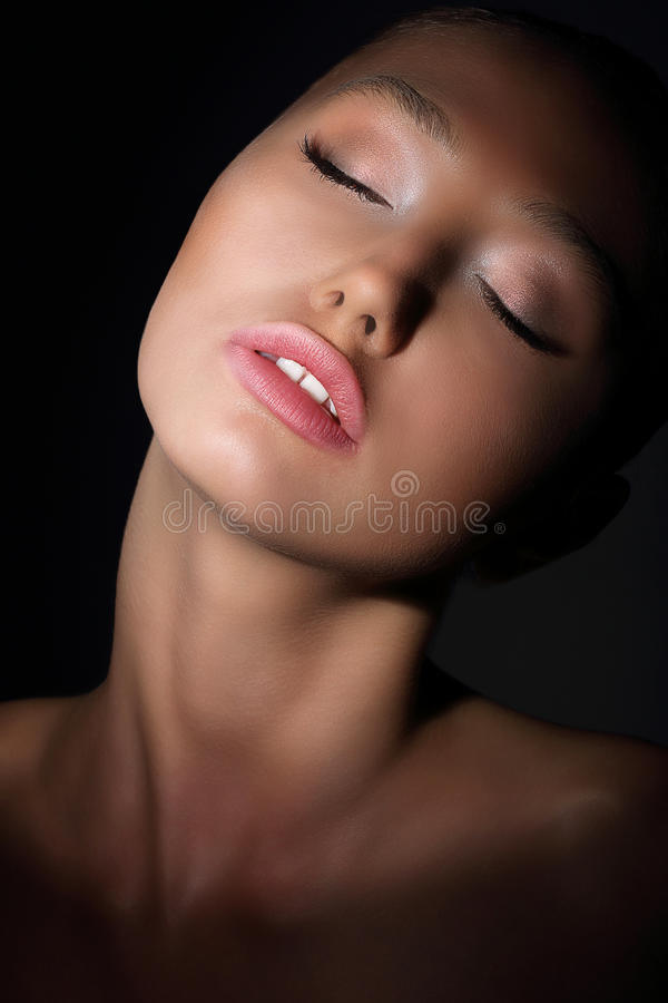 Free Aspiration. Longing Woman With Closed Eyes In Her Thoughts. Desire & Passion Royalty Free Stock Photos - 37455928