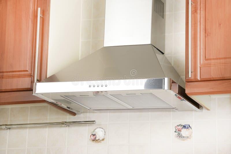 Aspiratore per la cucina moderna fotografia stock immagine di apparecchio architettura 23804704 - Aspiratore da cucina ...