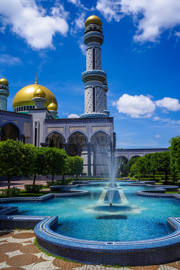 Asr Hassanil Bolkiah Jame ` μουσουλμανικό τέμενος, Μπρουνέι στοκ εικόνες