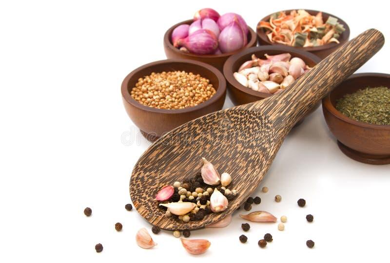 Assaisonnement thaïlandais, herbes sèches et épices image stock