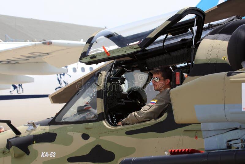 Assento piloto no helicóptero foto de stock