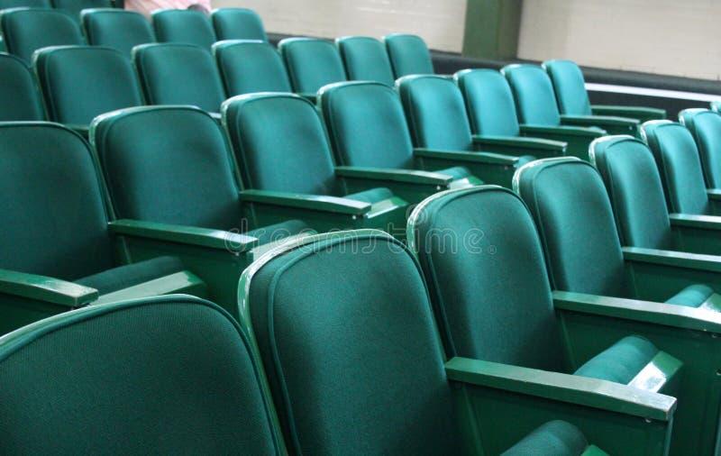 Assentos auditivos imagens de stock
