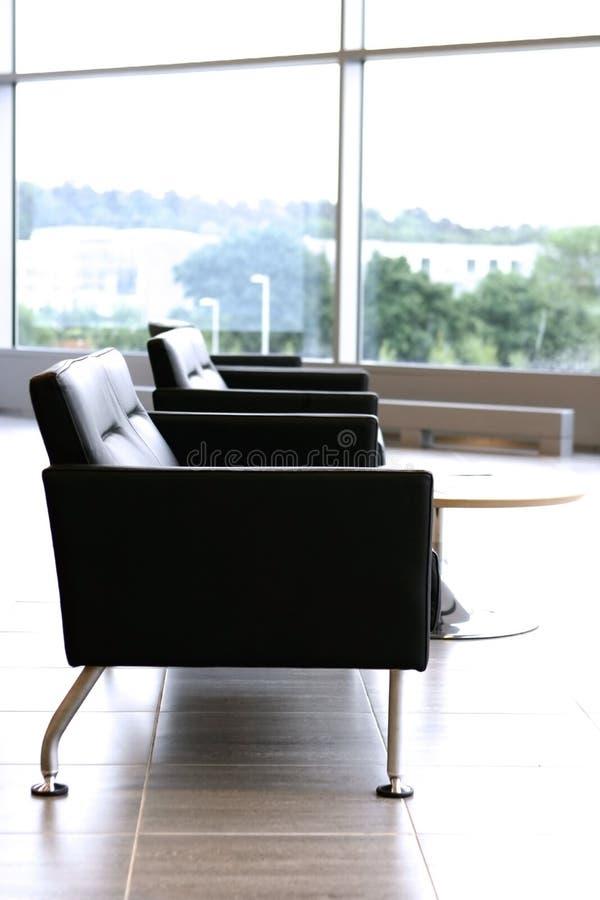 Assentos de couro à moda, modernos imagens de stock