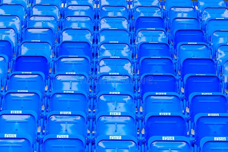 Assentos do estádio/arena imagem de stock