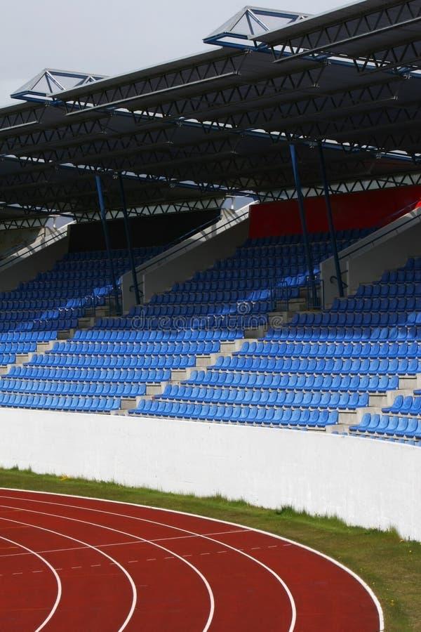 Assentos e telhado da trilha imagens de stock royalty free