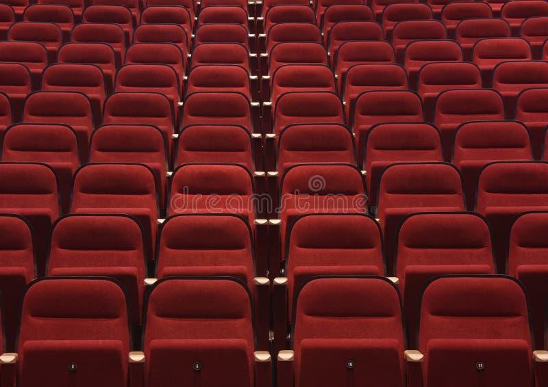 Assentos vermelhos foto de stock royalty free