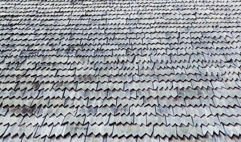 Assicelle stagionate del tetto di struttura del fondo fotografia stock