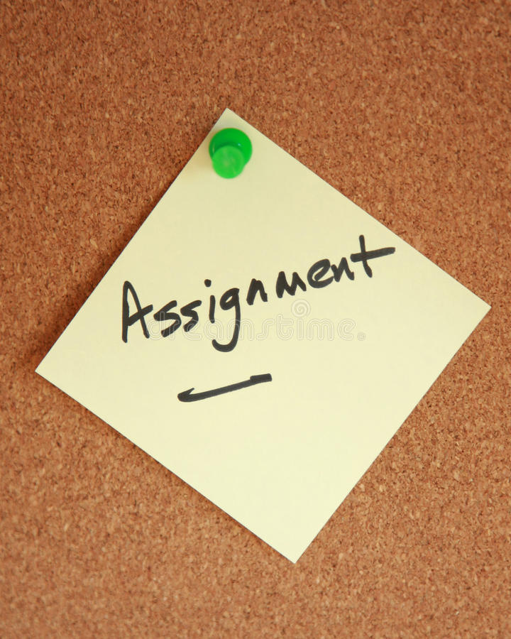 Free Assignment Witten On Note Stuck To Corkboard Royalty Free Stock Photos - 10858568