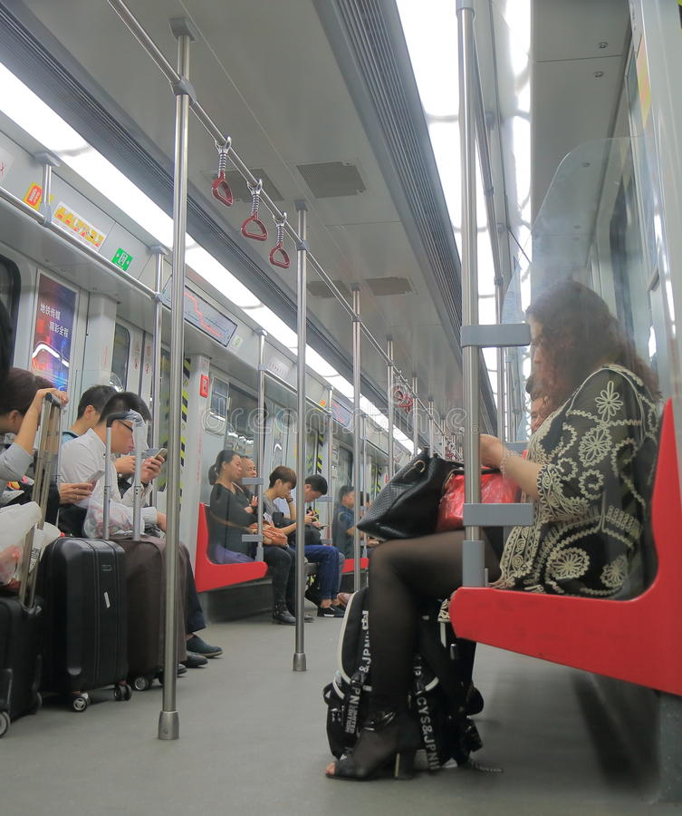 Assinantes Guangzhou China do metro do metro fotos de stock royalty free