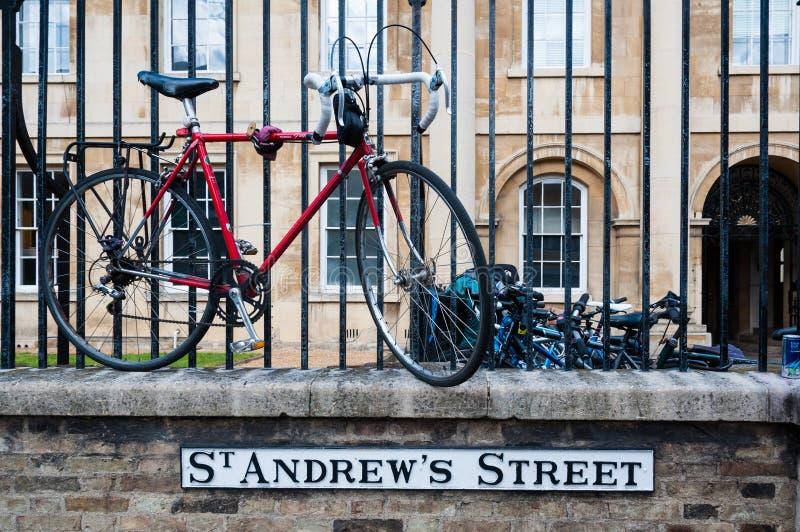 Assine para a rua de Cambridge St Andrews, Inglaterra, Reino Unido imagem de stock