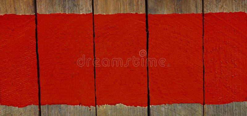 Assine a placa de madeira com pintura da cor, espaço para o texto, fundo imagem de stock royalty free
