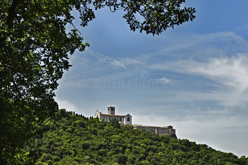 Assisi-Италия - базилика friary Св.а Франциск Св. Франциск и Sacro Convento стоковые изображения rf