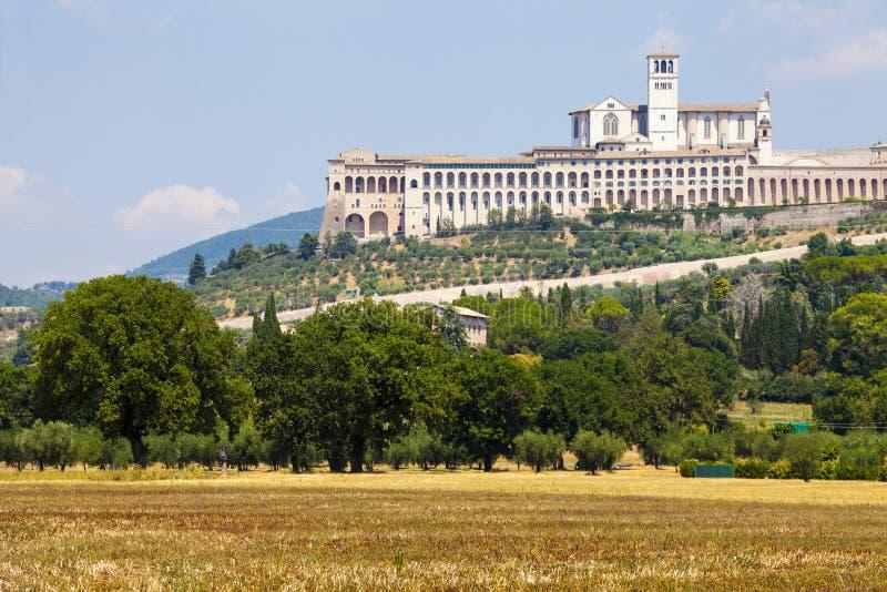 assisi italy Sikt av basilikan av San Francesco royaltyfri foto