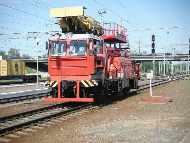 Assistência técnica treinar a estrada de ferro fotografia de stock royalty free
