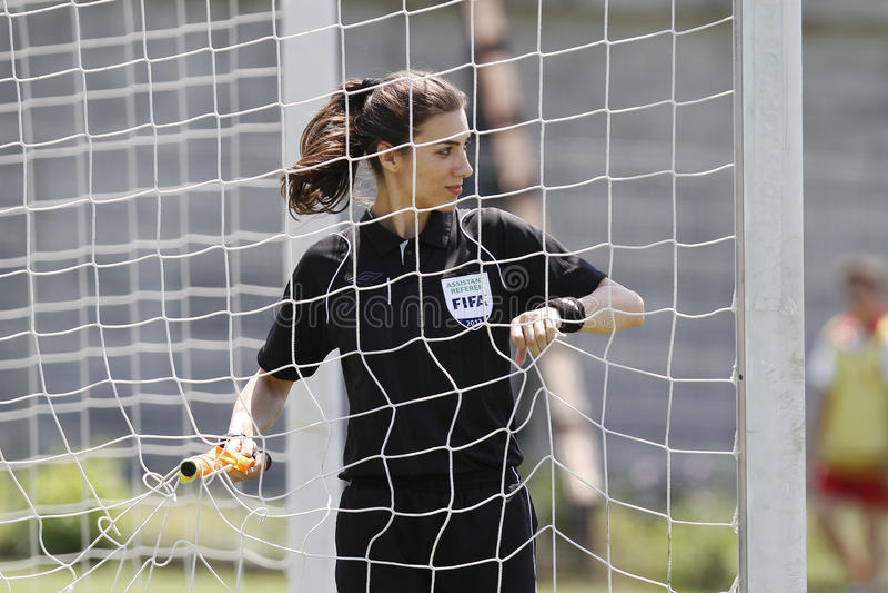 Assistente arbitro femminile immagini stock