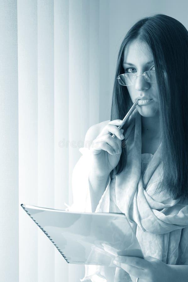 Assistente attraente fotografie stock