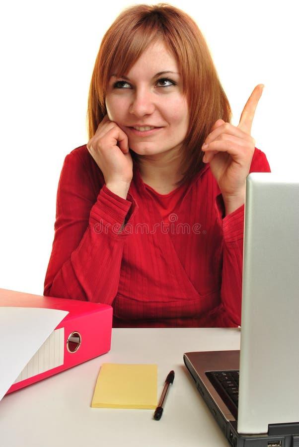 Assistente do escritório com apontar do indicador imagem de stock royalty free