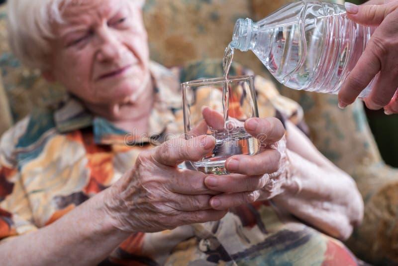 Assistenza domestica degli anziani fotografia stock