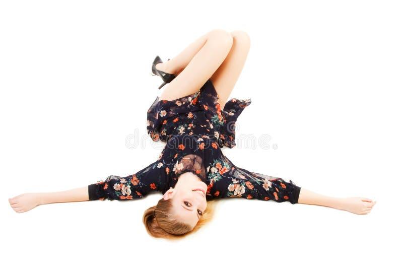 Assoalho de fascínio bonito do lon da rapariga fotografia de stock royalty free