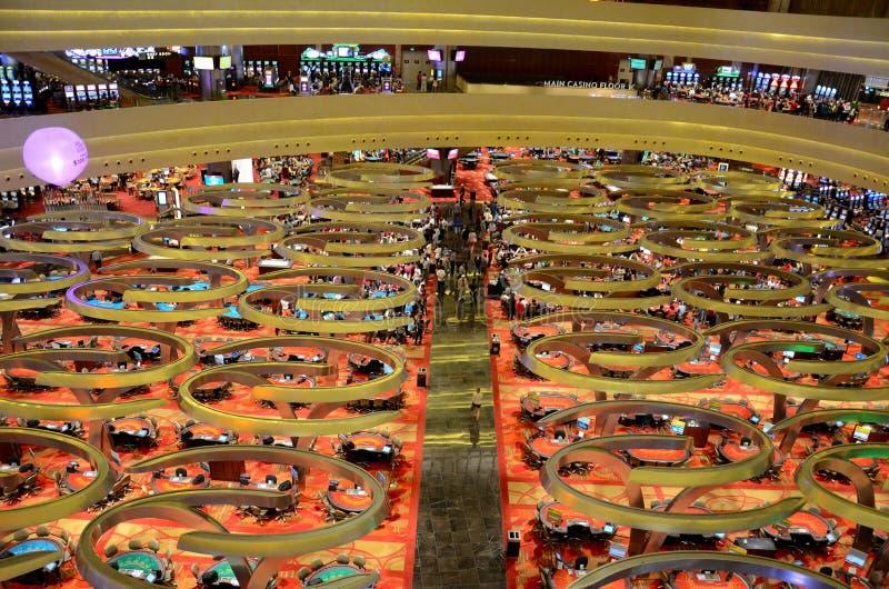 Assoalho Marina Bay Sands Resort Singapore do casino imagem de stock