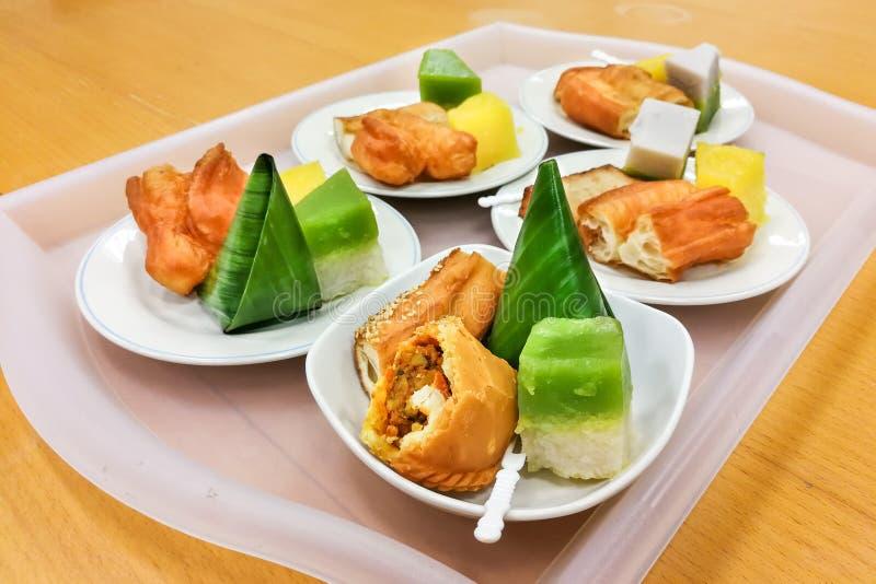 nyonya malaysia assorted kueh plate kuih served serving