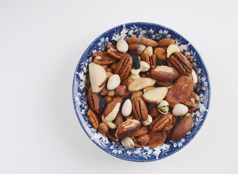 Assorted mischte Nüsse und Trockenfrüchte stockbild