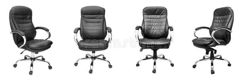 Assorti réglé des chaises en cuir noires de bureau d'isolement sur le blanc illustration stock