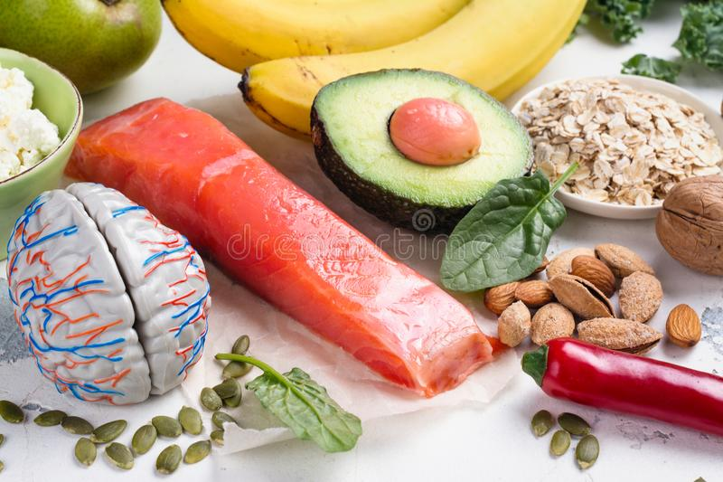 Assortiment de la nourriture - sources naturelles de dopamine images libres de droits