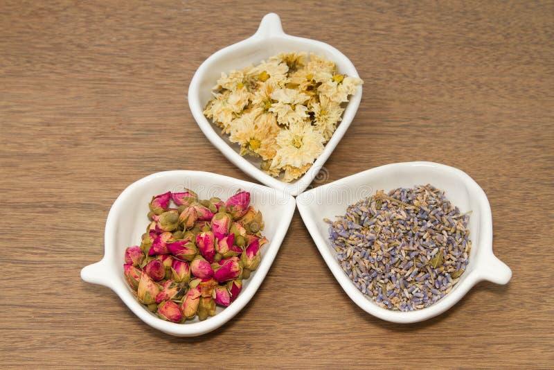 Assortiment de thé sec de fleur photographie stock