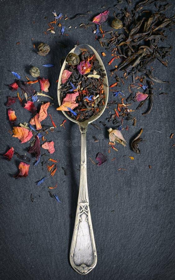 Assortiment van droge thee stock fotografie