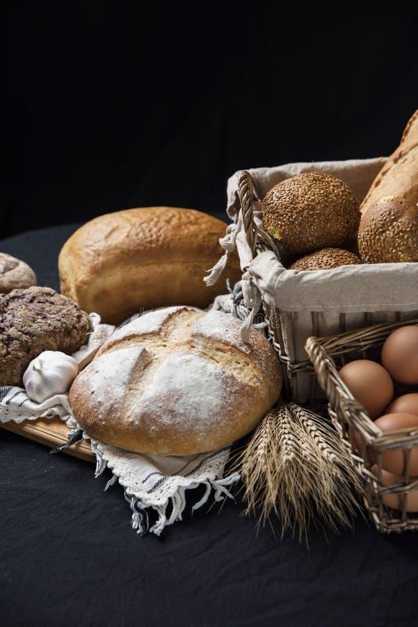 Assortiment van gebakken brood royalty-vrije stock afbeeldingen