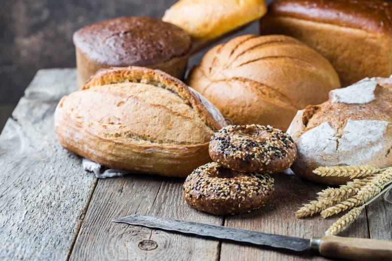 Assortiment van gebakken brood royalty-vrije stock foto