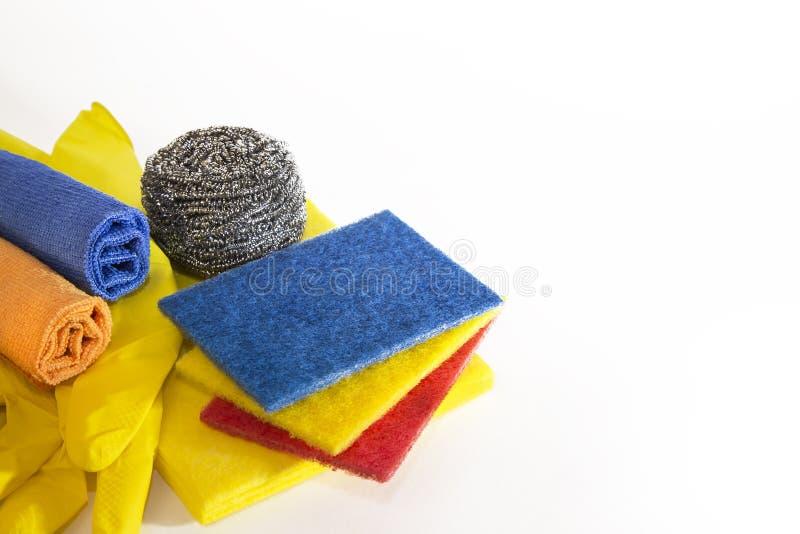 Assortiment van het schoonmaken van faciliteiten Huishoudengoederen Het metaal schurende verwarring van de raspschraper, sponsen  royalty-vrije stock afbeelding